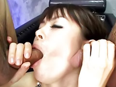Criancinha masturbando, Criancinhas oral