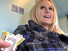 Public, Czech, Flashing, Cash, Flash