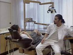 طبيب اسنان, بالعربى, طبيبة أسنان