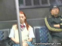 โตเกียว, ดูหนังโป้ฝรั่ง