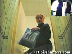 Piss, Pissing, Hidden, Toilet, Pissing toilete, Spycam