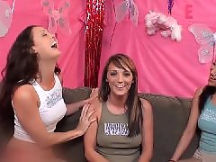 Lesbian, Lesbian threesome