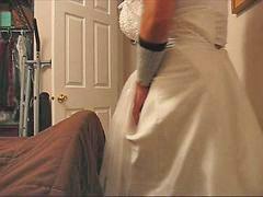 Celana dalam wanita, Pijat istri orang