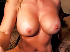 Solo masturb amateur, Analized milf