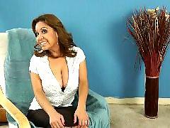 Abrindo as pernas, Entrevistando, Madura sexy