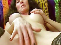 Sextape, Webcam fellation, Webcam branle solo, Webcam masturbe solo, Rasage solo, Fillette rasée
