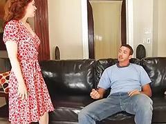 Kıllı milf sex, Göğüs yalama