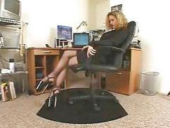 Mam pantyhose, Tajna, Sekretarz