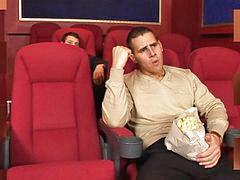 Sebuah film hot, Aksi panas