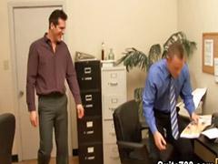نجوم الجنس, Tفتت, ووجة, مكتب عمل, في العمل, ضباط مثلي الجنس