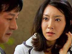 นวอ, น่ารักเอเชีย, ต่อสู้กัน