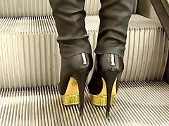 High heel boots, Golden s, Boots platform, Platform high heels, Golden, Platform