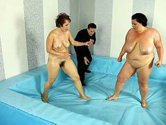 Bbw, Wrestling, Between, Tween, Wrestl, Sexually