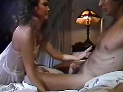 Peludas gozando, Peludas gozadas, Sexo anal peludo, Mulher fodendo com casal, Morenas peludas, Fudendo menina anal