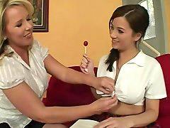 Lesbians matur, Lesbica seduce