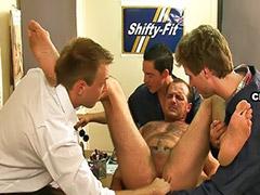 Masturbation par homme, Maturité branlette, Mature par, Mature anal abusée, En train de se masturber, Branlette par mature