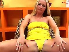 Squirt, Moms, Blonde mom, Milf, Mature, Mom squirt