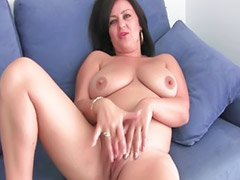 Masturbate doigt, Couple avec une mature