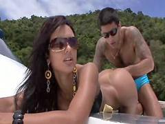 Brasileña follando, Brasileña, Brasileño, Brasilero, Brasileras, Cogiendo a una niña