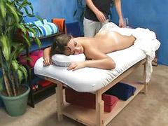 Babes masajes, Morochas sexys