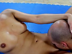 Sentar lesbian, Lésbicas gozando, Brasileiras