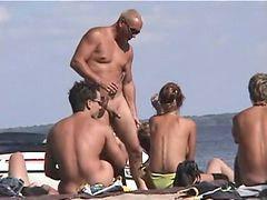 Nudist, Beach