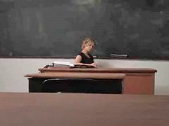 Ruang guru, Ibu guru s, Guru cantk