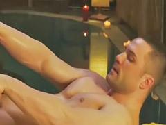 Cuida, Massagem gay