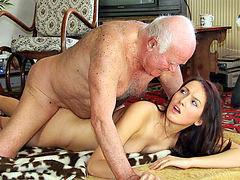 Yaşlı ihtiyar erkek, Yaslı şikiş