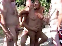 Gangbang, Nudist