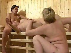 Granny, Sauna