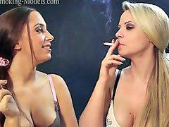 Smoking girls, Smoke girl, Girl smoke, 일본swapping, Swap, swap, Swapped