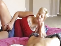 Kurz haarig, Reifes paar masturbiert, Reifen reife masturbieren, Haarig paar, Haare reif, Kurze haare blond brille