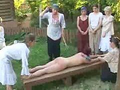 Niñas castigadas, Jovencitas castigadas, Castigando a niña